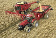 Los agricultores en acción / Fotos de los agricultores y sus maquinas