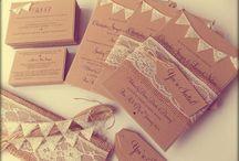 Rustikale Hochzeitseinladungen