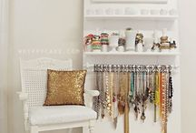 jewerly  display/vingettes