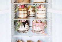 Semi Naked Cake's
