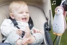 ZAZU / Η ZAZU είναι μια Ολλανδική εταιρεία που κατασκευάζει προϊόντα για παιδιά.  Όλα τα προϊόντα της είναι ειδικά σχεδιασμένα για να προσφέρουν ηρεμία στο μωρό σας και κατ' επέκταση σε εσάς τους γονείς, χαρίζοντας έναν ευχάριστο ύπνο με την βοήθεια των Λευκών Ήχων.