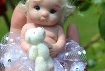 bambole realistiche e bambole in miniatura