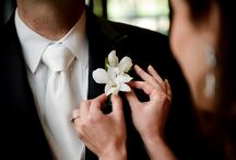 Stylish Bridal Party Accents / Ideas for chic lapel accents for the well dressed gentleman, and adorable options for flower girls and tasteful options for family members.