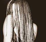 warkoczyki / Wyjątkowo wygodna i efektowna fryzura, która nigdy nie wyjdzie z mody.