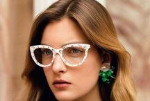 Specks / Glasses