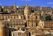 I Luoghi del Barocco in Sicilia / I bellissimi luoghi del Barocco in SIcilia. La val di Noto con i suoi palazzi e chiese riconosciute come patrimonio dell'umanità dall'UNESCO