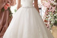 The Perfect Dress / A guide to your perfect wedding gown