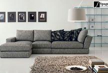 Divani /  Offriamo la possibilità di poter scegliere tra diverse soluzioni compositive per arredare al meglio i vari spazi. Linee e volumi accattivanti abbinati al massimo livello di comfort sono alcuni dei particolari che caratterizzano i nostri divani.