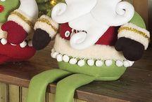muñecos y adornos navideños / by Tere Mancini