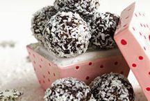 No - bake sweets ;) / by Elizabeth Patz
