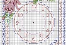 Orologi punto croce