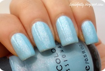 Sinful Color Nail Polish to buy / by Allyson Callahan