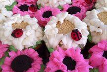 Cupcakes!(: