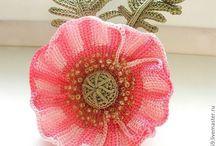 Цветы в тунисской технике