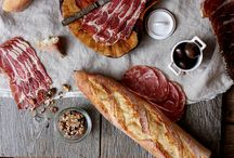 Charcuterie & Cheese Platters / Cheese plates and meat platters