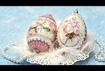 gömbök, tojások