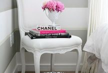 DESIGN DETAILS {home} / Creative ideas for decorating your space like a pro.