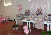 Aniversário de Ana Luisa no W11 / Os pais da Ana Luisa realizaram o aniversário da filhinha Ana Luisa no Espaço W11. Buffet :Chá Com Nozes / Decoração: Festa de Pano
