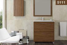 Eco / El diseño de este mueble de baño crea una atmósfera única. Totalmente funcional, se adapta a todas tus necesidades. Sus líneas, tiradores y apliques hacen de este baño un  lugar perfecto en el que poder relajarse al terminar la jornada laboral.