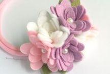 filcvirágok