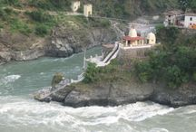 Kedarnath Yatra by Helicopter,Kedarnath Dham Yatra,Ek Dham Yatra / Kedarnath Yatra by Helicopter - Planning a kedarnath tour by helicopter. Chardhamtourpackage.org providing Kedarnath helicopter tour packag at lowest prices.