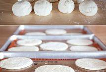 Pita bread, Bread