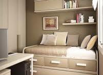 Small space guest bed