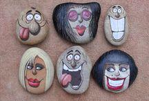 Gesichter auf stein