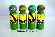 muñequitos super heroes torno
