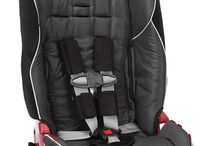 Car Seats / From Britax to Diono, a selection of car seats that we love and have used ourselves.