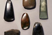 battle axe / stone tools