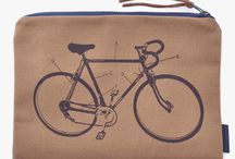 Handbags and Bicycle Fashion / Different handbags and fashion we offer that is all bike themed