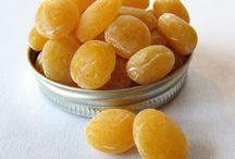 Sweet making / Creating sweet tasting goodies for wedding, parties and nibbling