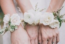 Wedding: corsage wrist