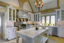 The kitchen-The heart of my home / by Deborah Parr