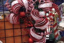 wreath inspiration / by Naomi Watterson