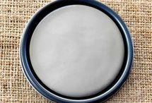 Chalk Paint® French Linen / Chalk Paint® decorative paint by Annie Sloan