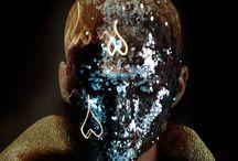 ††† the genderz / make up