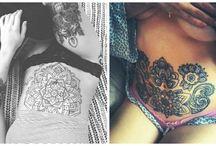 Tatuaggi sulla pancia