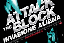 ATTACK THE BLOCK - INVASIONE ALIENA / ATTACK THE BLOCK è un'incalzante, divertente e allo stesso tempo spaventoso film d'azione e d'avventura che pone un gruppo di adolescenti contro un'invasione di selvaggi mostri alieni. Trasforma un quartiere di Londra in uno scenario di fantascienza. Un caseggiato in una fortezza sotto assedio. E dei ragazzini adolescenti in eroi. Si tratta del cuore della città contro l'invasore sconosciuto.