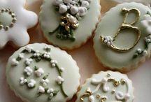 cookies in green