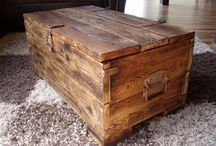 Chest tables