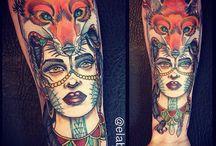 Donna con Lupo/Volpe Tattoo