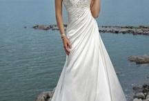 wedding dresses / by Regan Knott