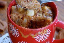 Mug Cake aux pommes / Connaissez-vous les #mugcakes ? Ces petits gâteaux sont concoctés dans une tasse ou un mug, et sont très faciles à préparer ! Attention, la pomme s'invite dans vos mugcakes pour des pauses sous le signe du délice !