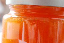 Marmeladen, Chutneys und Soßen