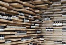 Expositor wine