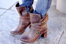 Shoes / by Karen Lira