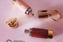 Handmade Accessories / Woodturning hand made luxury Accessories   http://www.massimocasiello.it/specials_en.html