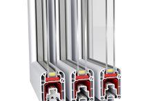 aluplast Συρόμενα Συστήματα / Τα συρόμενα συστήματα της aluplast εγγυούνται ηλιόλουστα δωμάτια. Σχεδιάστηκαν και αναπτύχθηκαν ειδικά για τις μεσογειακές χώρες ώστε να ανταποκρίνονται στις ιδιαίτερες απαιτήσεις τους.  Η γκάμα των συρόμενων συστημάτων αποτελείται από το multisliding με βάθος κατασκευής 80mm, το συρόμενο στα 60mm όπως και το mono-rail.